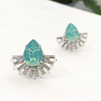 Peacock earring in aqua