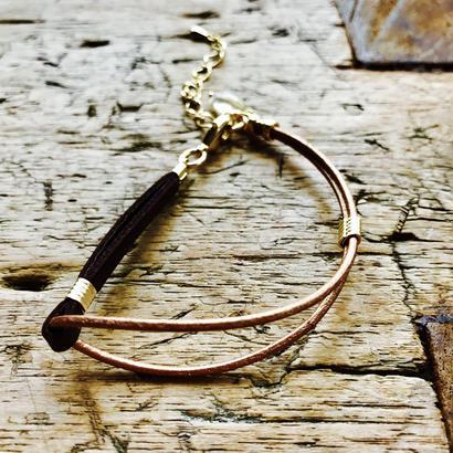 ダークブラウン革平紐&ブロンズ革丸紐のブレスレット