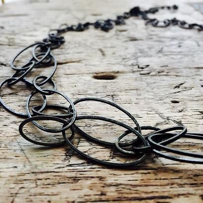 2種のチェーンのネックレス
