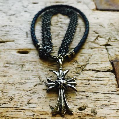 APHRODITE for men  クロス&3チェーン&黒編み革紐