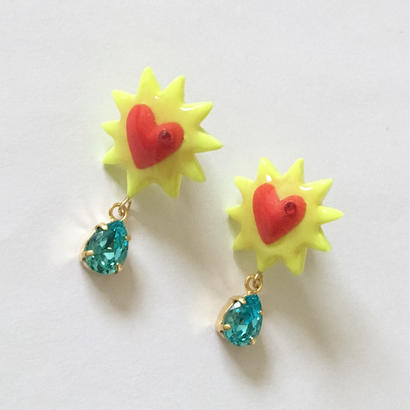 YELLOW JAG HEART  ピアス