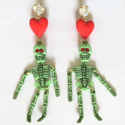 HEART & GREEN SKULL ピアス