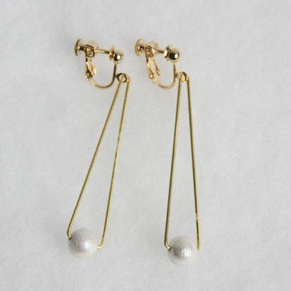 sankaku pearl earring long [VE-004w]