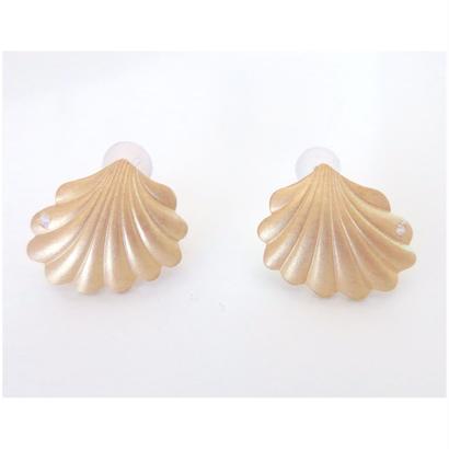 vintage shell pierce