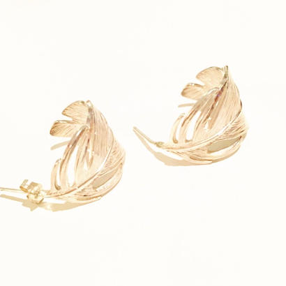 Silver feather pierce