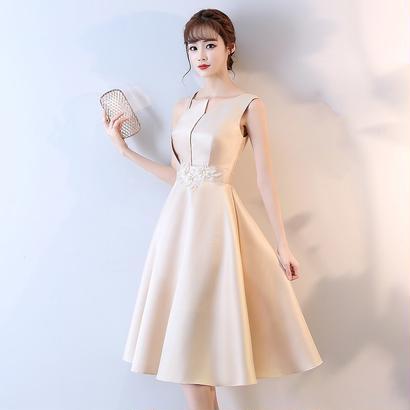 パーティードレス 結婚式 二次会 ワンピース 結婚式ドレス お呼ばれワンピース 20代 30代 40代 袖あり ミモレ丈 刺繍