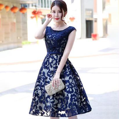 ウエディングドレス ドレス お姫様 編み上げ ミニドレス 立体花柄 結婚式 披露宴 司会者 花嫁 写真撮影 舞台衣装
