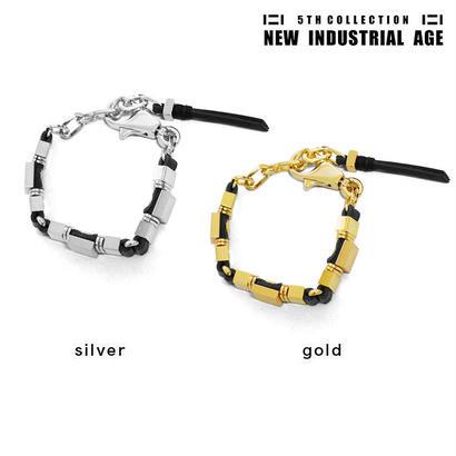 SQUARE leather & chain bracelet