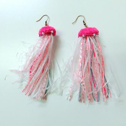 編みミニクラゲピアス Jellyfish pink/203gow
