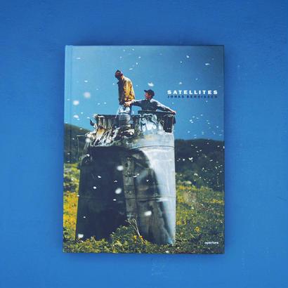 Satellites / Jonas Bendiksen (ジョナス・ベンディクセン)