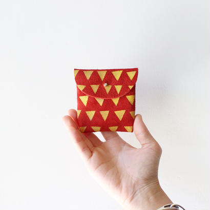 Handmade coin case / red suede × yellow triangles