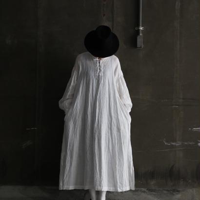 cavane キャヴァネ /  【受注】Lace-up linen one-piece 編み上げワンピース / ca-19006
