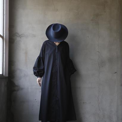 cavane キャヴァネ /  【受注】Puff-sleeve onepieceパフスリーブワンピース  / ca-19016