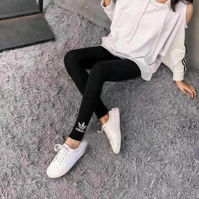 アディダスレギンス adidasジャージスキニーパンツ ブラック 可愛い