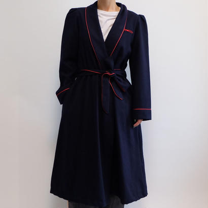 VINTAGE   PIPING GOWN