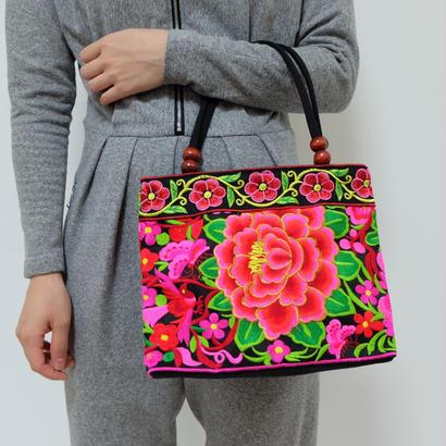 VINTAGE   embroidered TOTE BAG