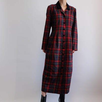 VINTAGE  CHECK ONE PICE