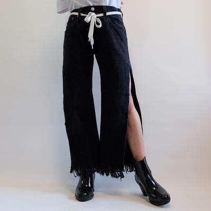 SELENAHELIOS  LONG SLIT  DENIM PANTS