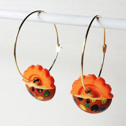 Button pierced earrings ボタンピアス/フープ・2トーン・オレンジ×ウッド