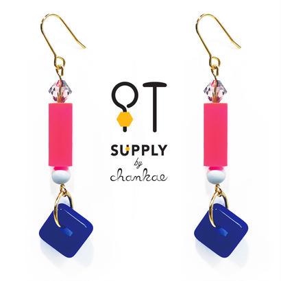 Jewelry kit アクセサリー制作キット/ネオンピンクのヴィンテージビーズピアス(イヤリング変更可)