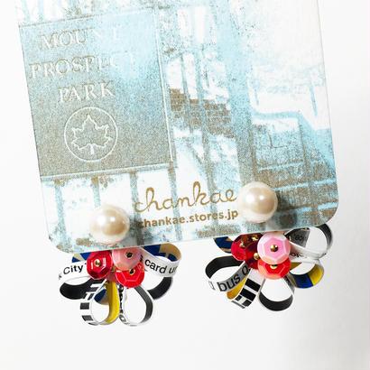 Metrocard pierced earrings メトロカードピアス/フラワーキャッチタイプ・パール×ゴールド 02
