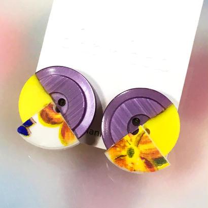 Button earrings ボタンイヤリング/3トーン・パープル×イエロー×花柄
