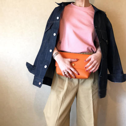 [ clutch ] orange