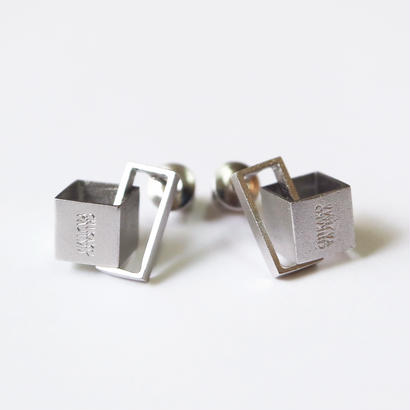 Cube / Silver ピアス