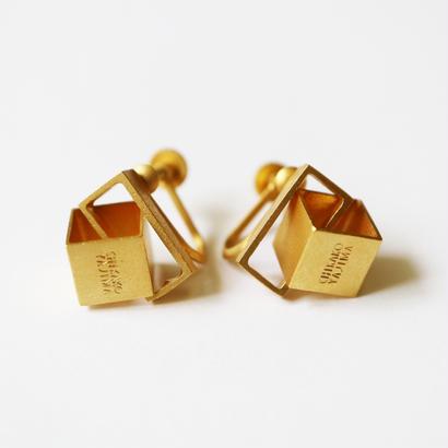 Cube / Gold イヤリング