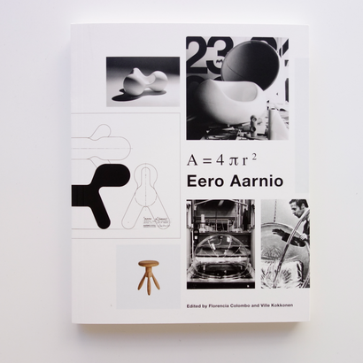 """A=4πr2"" Eero Aarnio"