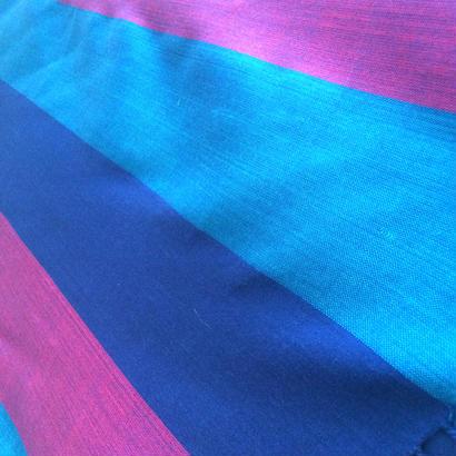 コットン & シルク 手織り大判ストール 【ストライプ柄 ブルー&ピンク】