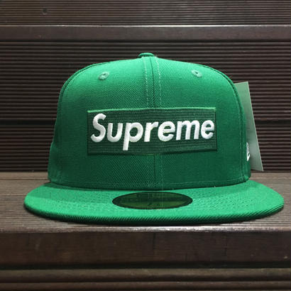 "SUPREME / Playboy Box Logo New Era size : 7 3/8 ""2017S/S"""