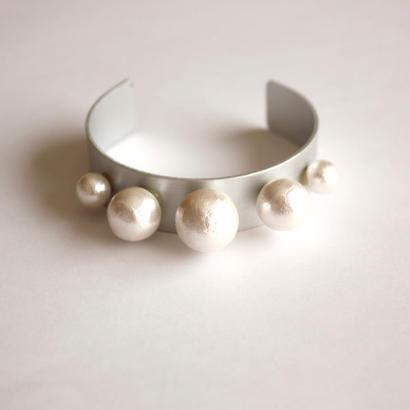 cotton pearl bangle