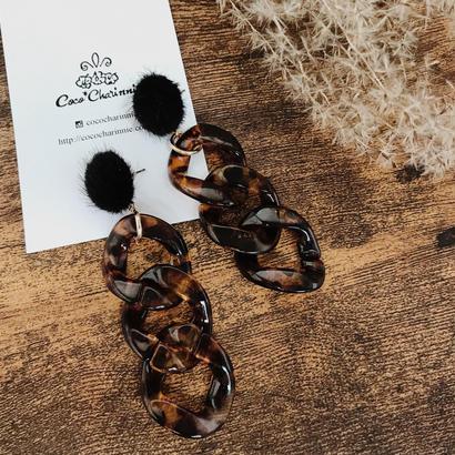1点のみ!Fur button × Leopard ring