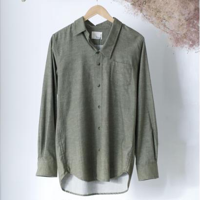 3tsui/かけ間違えシャツ( khaki)