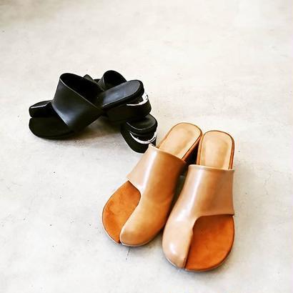 Tabi sandal