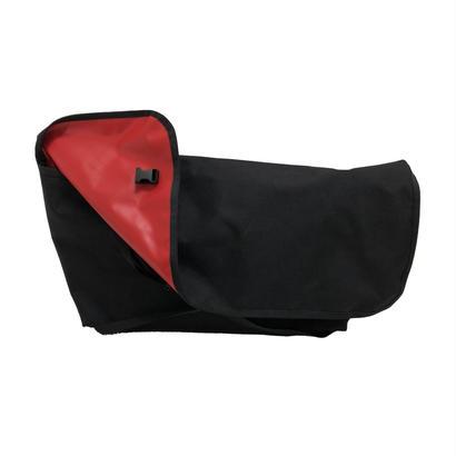 Duff  Large  [Black x Red]
