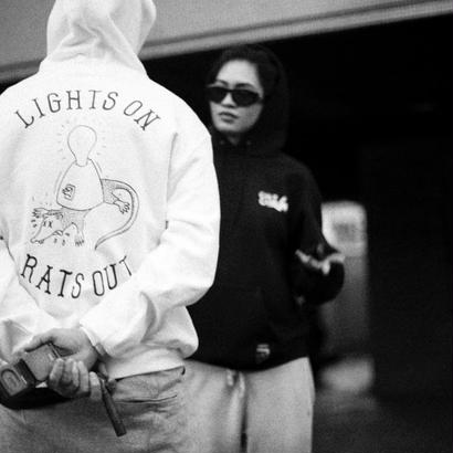 LIGHTS ON HOODIE(WHITE) :  STIKSTOK【CC16AW-SW-005】