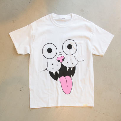 FRITZ THE POCKET TSHIRT by GANGSTER DOODLES  (WHITE)【CC0006】