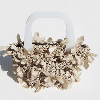 bascket bag / beige × white