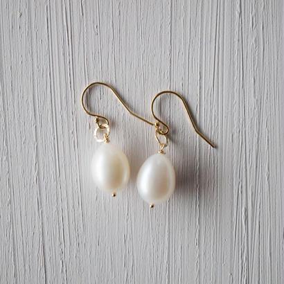 【14kgf】淡水パールのドロップピアス/Freshwater Pearl drop earrings