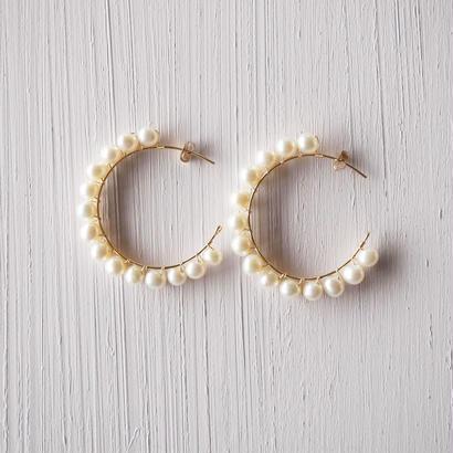 【雑誌Domani 4/5月号 掲載商品】【14kgf】淡水パールのフープピアス/Freshwater pearl hoop earrings