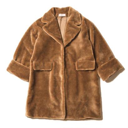 street boa coat / golden brown
