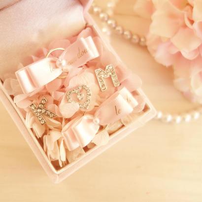 "LUXURY BOX ""le mariage""(PINK)新郎新婦のイニシャル入りリングピロー♡"