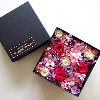 """JEWELY BOX """"beauty"""" お花をたっぷり詰め込んだサプライズフラワーボックス"""