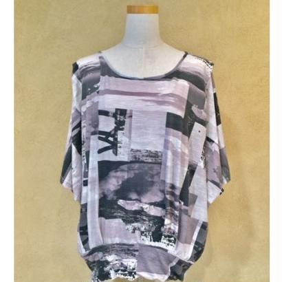 io(イオ)プリントTシャツ