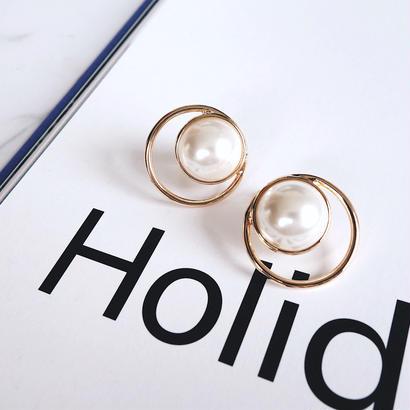 big pearl ring earring