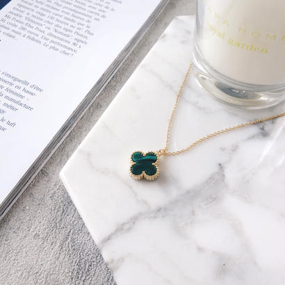 flower charm necklace(green)