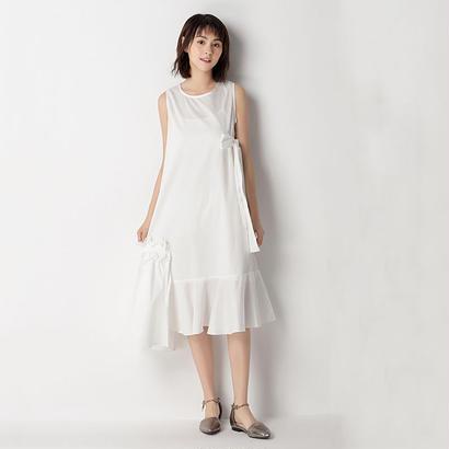 ぺプラムドレス IN WHITE
