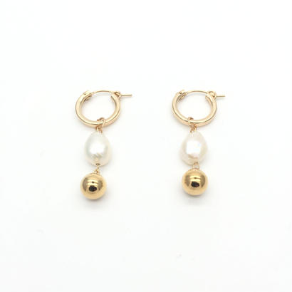 Moon and pearl hoops
